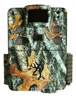 Browning Strike Force HD PRO X 2019 Trail Game Camera (20MP) with 32GB
